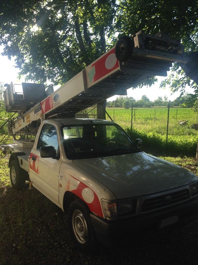Bocker Piccolo Toyota pick up