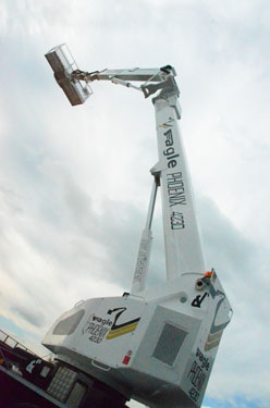eagle-phoenix-4230-piattaforma-aerea-autocarrata-su-veicolo-commerciale-pesante-2
